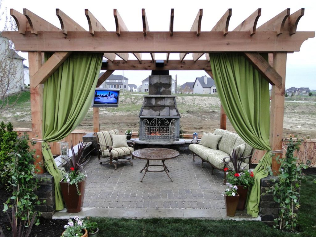 Pasadena-Sugar Land TX Landscape Designs & Outdoor Living Areas-We offer Landscape Design, Outdoor Patios & Pergolas, Outdoor Living Spaces, Stonescapes, Residential & Commercial Landscaping, Irrigation Installation & Repairs, Drainage Systems, Landscape Lighting, Outdoor Living Spaces, Tree Service, Lawn Service, and more.