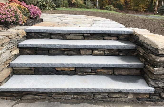 Pearland-Sugar Land TX Landscape Designs & Outdoor Living Areas-We offer Landscape Design, Outdoor Patios & Pergolas, Outdoor Living Spaces, Stonescapes, Residential & Commercial Landscaping, Irrigation Installation & Repairs, Drainage Systems, Landscape Lighting, Outdoor Living Spaces, Tree Service, Lawn Service, and more.